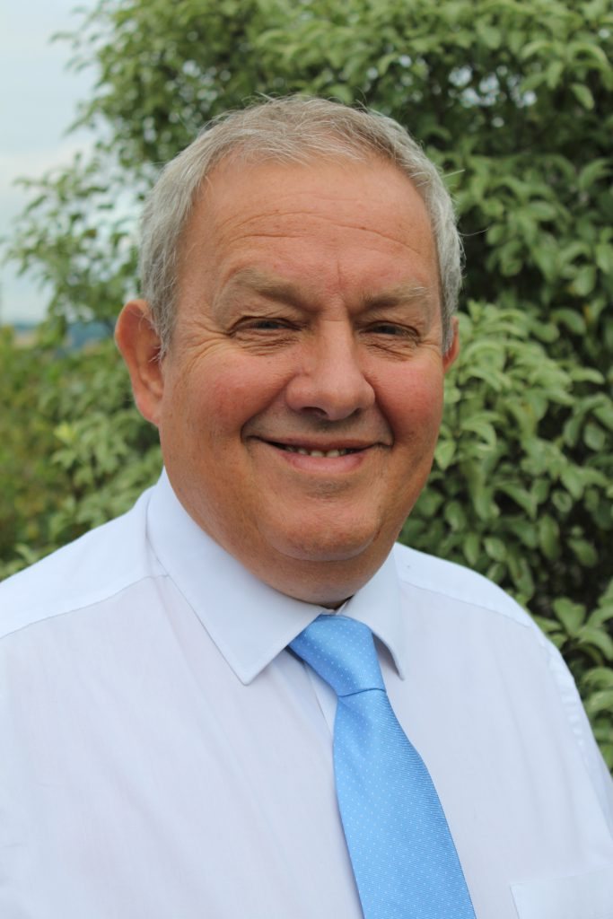 Mr Simon Ellis, Consultant Orthopaedic Surgeon at One Ashford Hospital