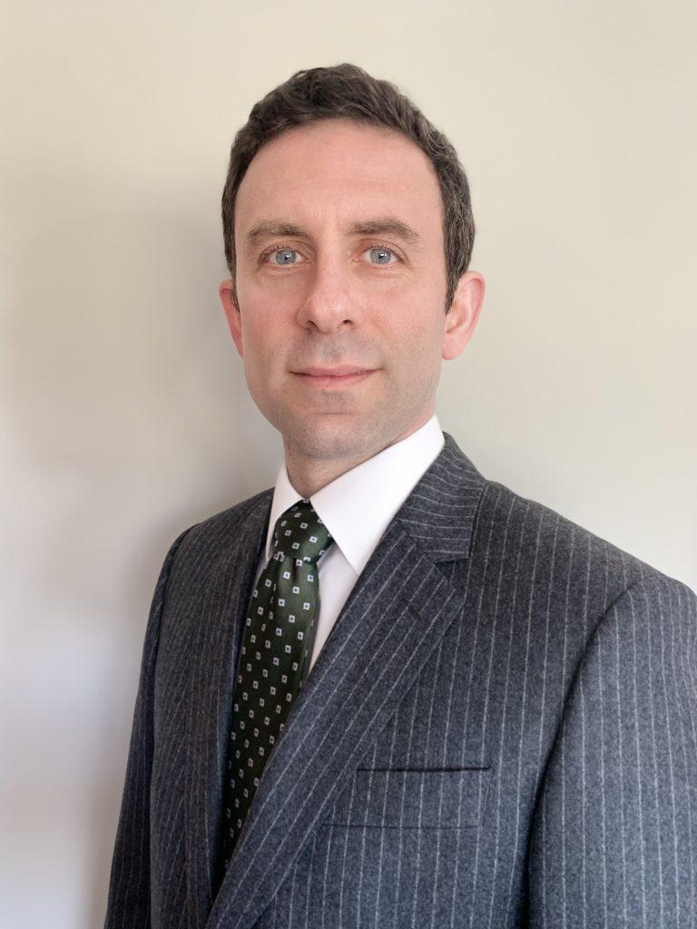 Mr Angelos Assiotis, Consultant Orthopaedic Surgeon